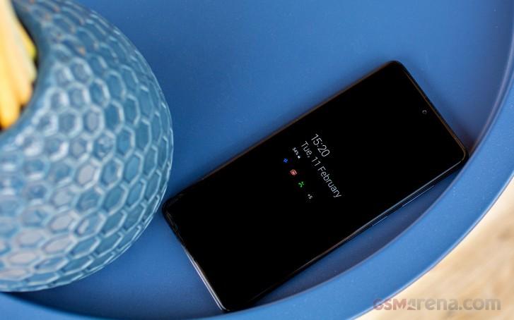 بررسی و نقد کامل گوشی گلکسی A71 سامسونگ: زیبا و باوقار