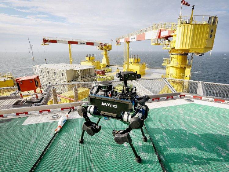 رباتها به کمک دکلهای نفتی میآیند؟