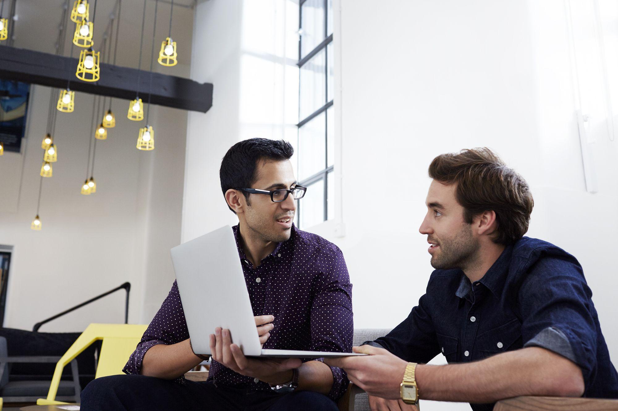 چطور برای کسب و کار مشاوره خود یک مدل کسب و کار تعیین کنید؟