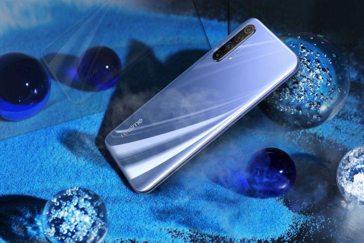 Realme X50 5G 01