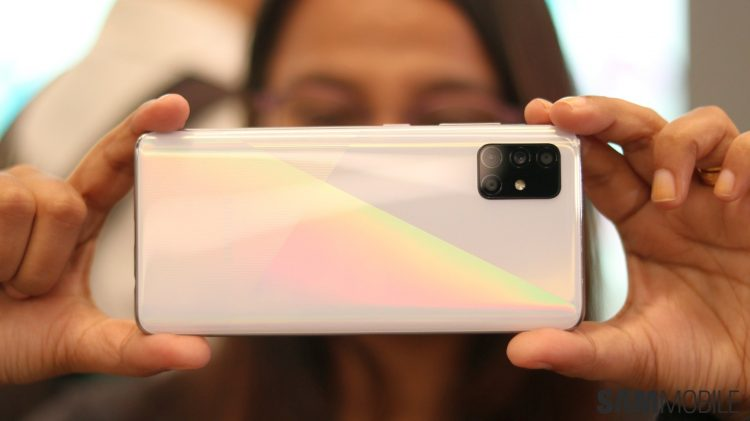 galaxy a51 hands on 11