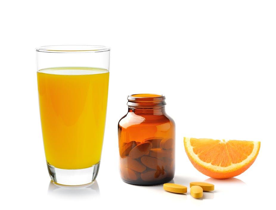 آیا ویتامین C کرونا ویروس را از بین میبرد؟