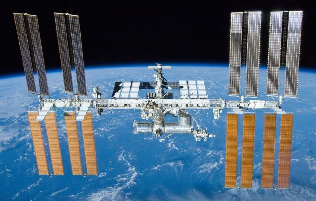 اسپیس ایکس از سال آینده گردشگران فضایی را به ایستگاه فضایی بینالمللی میبرد