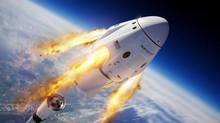 ایکس اولین فضانوردان خود را کمتر از دو ماه به فضا میفرستد 1