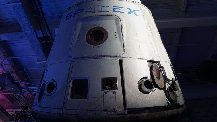 اسپیس ایکس اولین فضانوردان خود را کمتر از دو ماه به فضا میفرستد