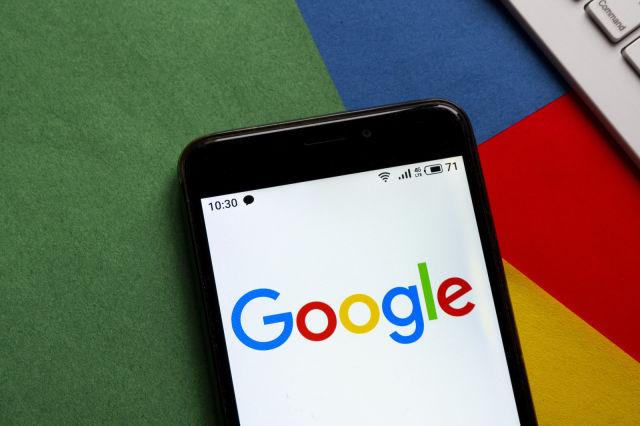 امکان اضافه کردن کلیدهای امنیتی اکانت گوگل از طریق مرورگر کروم موبایل و سافاری فراهم شد