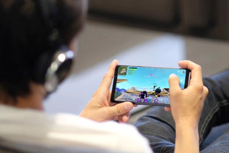 سامسونگ برای گوشیهای گلکسی یک گیمپد جدید خواهد ساخت؟ 2