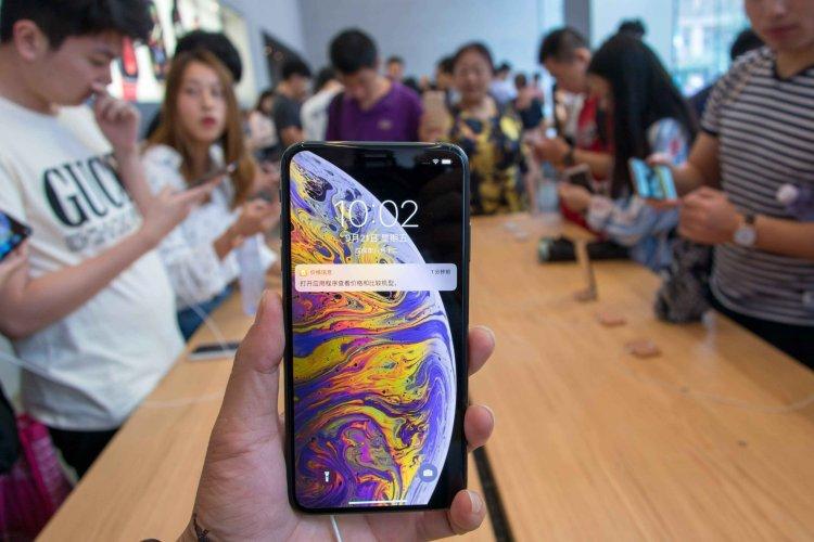 گوشیهای هوشمند در ماه فوریه در چین 45 درصد افت داشته است scaled