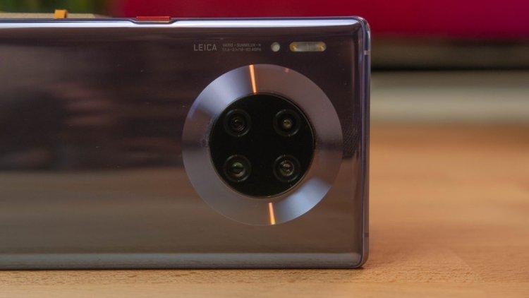 پتنت جدید هوآوی استفاده از نمایشگر لمسی در کنار ماژول دوربینها را نشان میدهد 2