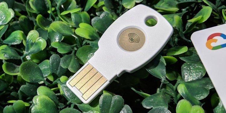 google titan security key 3