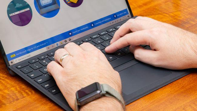 بررسی کامل و تخصصی تبلت سرفیس پرو ایکس مایکروسافت: پاسخ اهالی ردموند به اهالی کوپرتینو