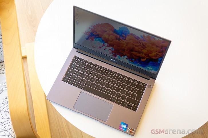 بررسی کامل و تخصصی لپ تاپ MagicBook 14 آنر: شروع یک ماجراجویی جدید