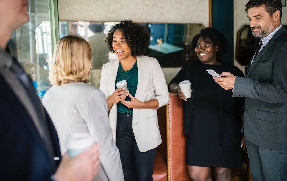 روکیدا - 5 تکنیک روانشناسی برای افزایش بهره وری کارمندان - توسعه کسب و کار, طرح کسب و کار, مدل کسب و کار, موفقیت در کسب و کار, کارآفرینی