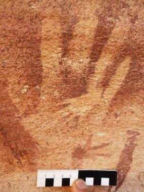 روکیدا - اگر جای دستی که در غارهای باستانی دیده می شود، جای دست انسان نیست، پس جای چیست؟ - باستان شناسی