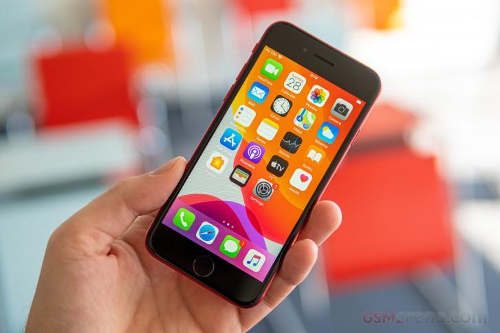 بررسی کامل و تخصصی گوشی آیفون SE 2020: روح تازه در یک کالبد قدیمی