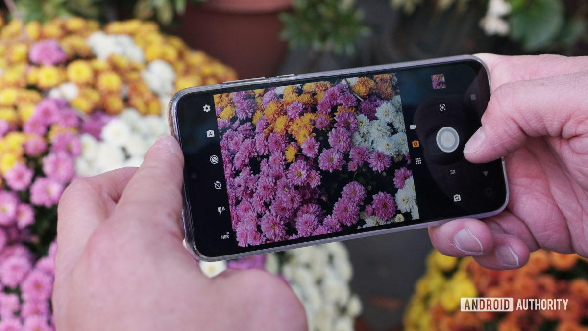راهنمای خرید گوشی: 6 نکته برای انتخاب یک گوشی با دوربین خوب