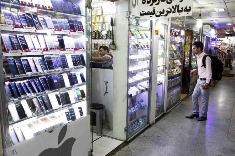 آیا بازار موبایل انحصاری است؟