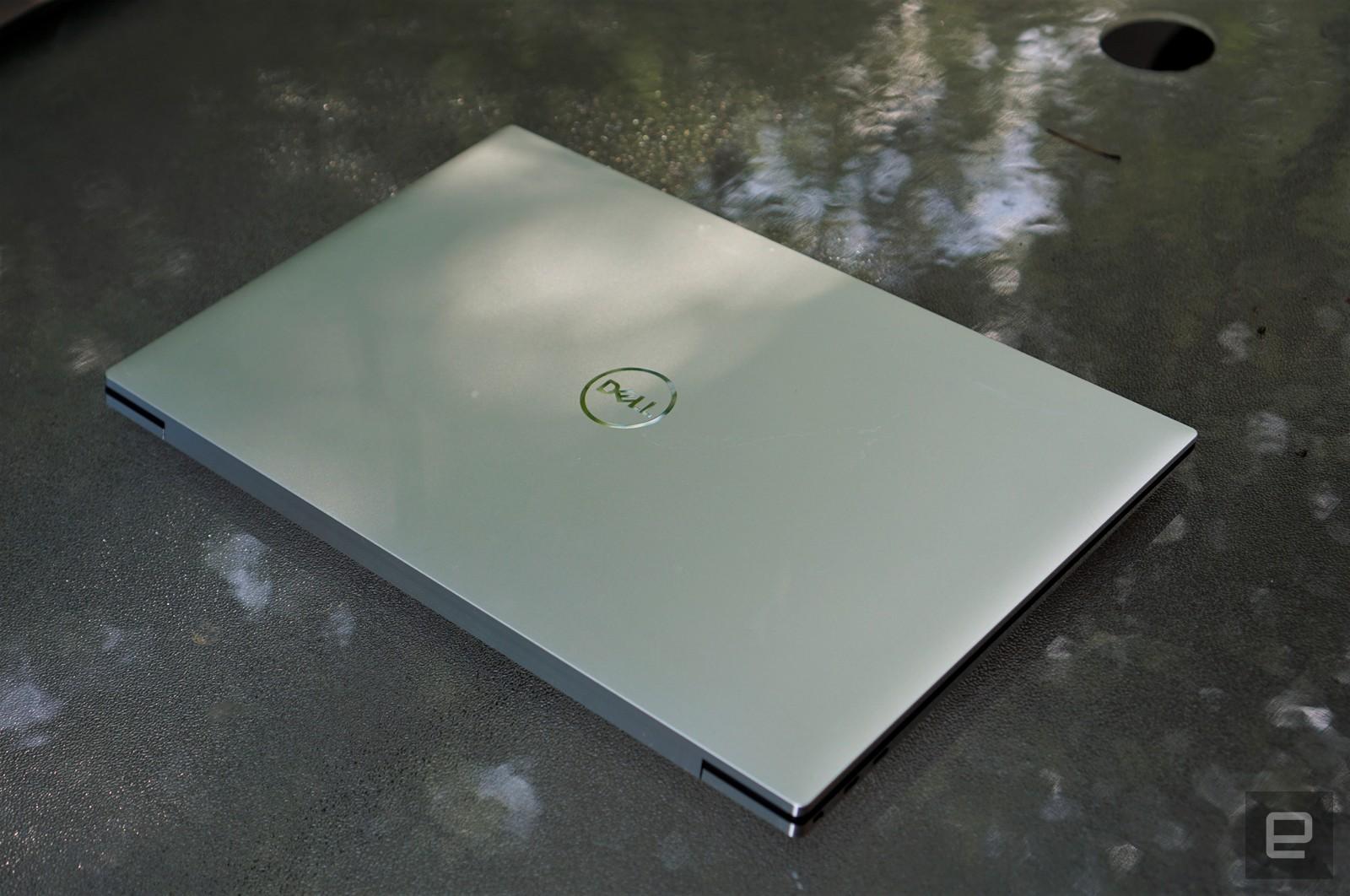 بررسی کامل و تخصصی لپ تاپ Dell XPS 17 مدل 2020: صفحه نمایش تا دلتان بخواهد بزرگ!