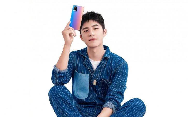 تصویر تبلیغاتی گوشی S7 ویوو طراحی دوربین آن را لو داد