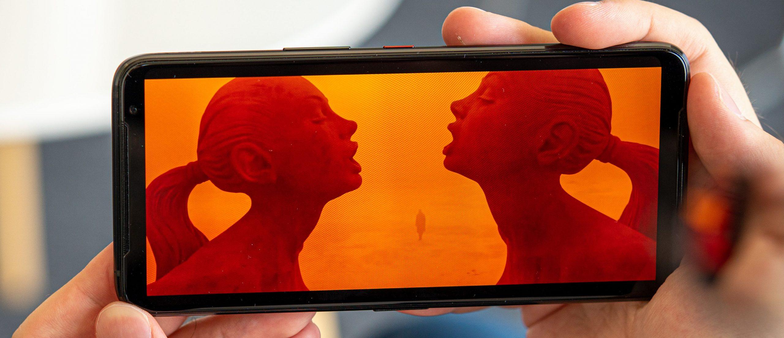 گوشی راگ فون 3 یک حالت مخفی 160 هرتز برای نمایشگر دارد