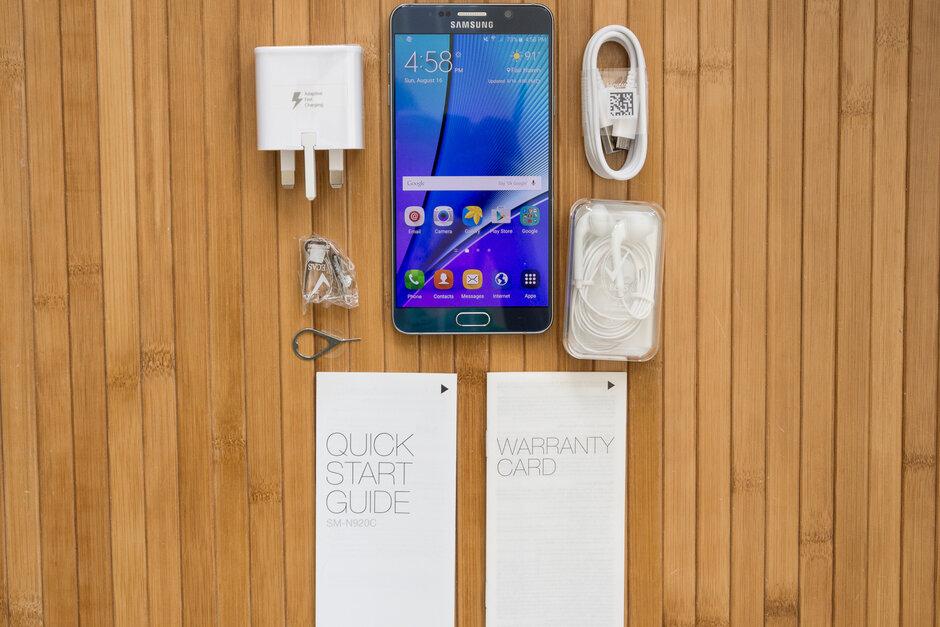 روکیدا - آیا سامسونگ قصد دارد شارژر را از جعبهی گوشیهایش حذف کند؟ - بهترین گوشی های سامسونگ, سامسونگ, شارژ سریع