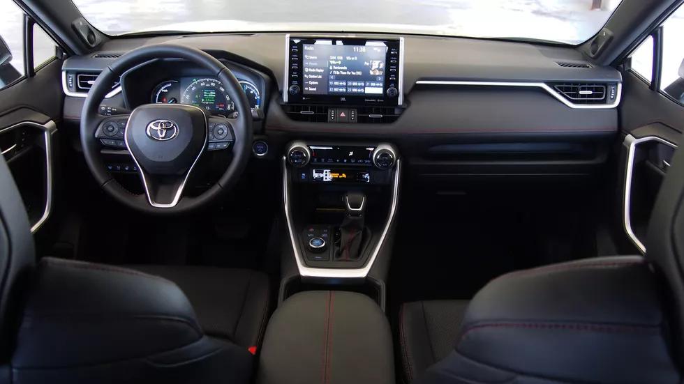 روکیدا - اولین تجربه رانندگی با تویوتا راو 4 پرایم 2021: عملکرد بالا، مصرف پایین - تویوتا, خودرو برقی, خودروی برقی, راو 4, نقد و بررسی خودرو