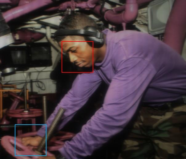 روکیدا - حل مشکل دوربین زیر نمایشگر با استفاده از هوش مصنوعی مایکروسافت - اپلیکیشن دوربین, دوربین سلفی, یک گوشی با دوربین خوب