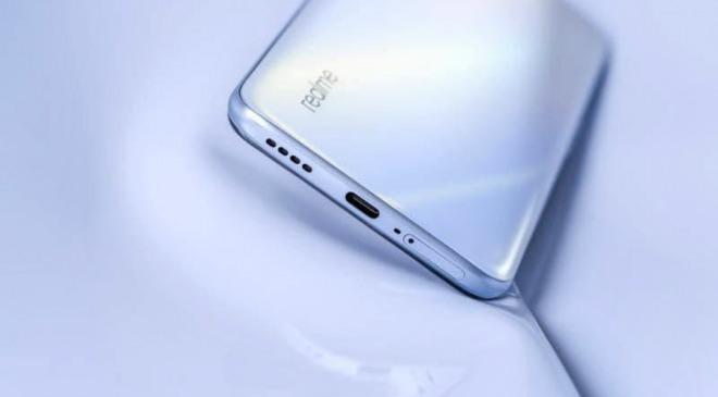 تصویر و مشخصات نمایشگر گوشی ریلمی ایکس 3 پرو به بیرون درز کرد