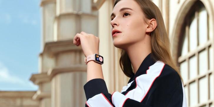هوآوی ساعت هوشمند Watch Fit را با یک نمایشگر امولد معرفی کرد