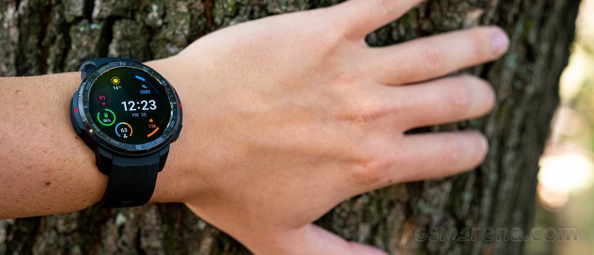 بررسی کامل و تخصصی ساعت هوشمند Honor Watch GS Pro انتخاب اول ماجراجویان