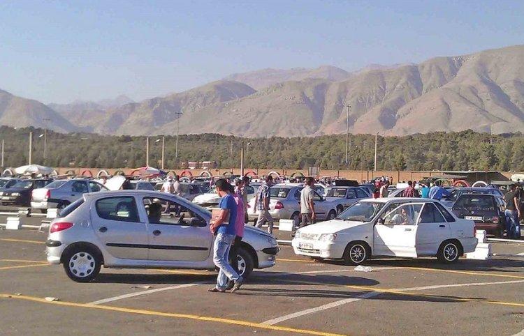 بیاعتمادی مردم به پول ملی: فروش خودرو در ازای دریافت سکه و دلار