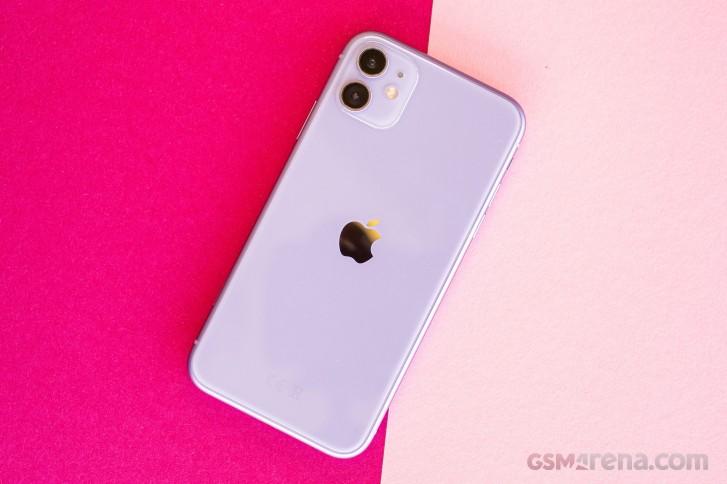کدام گوشیها بیشتر از همه در نیمه اول سال 2020 فروش داشتهاند؟.