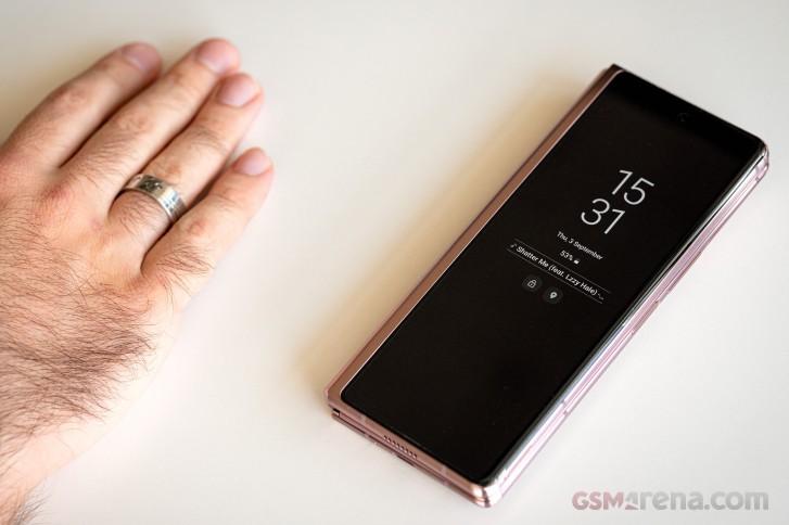 بررسی کامل و تخصصی گوشی گلکسی زد فولد 2 سامسونگ: پادشاه گوشی های تاشو
