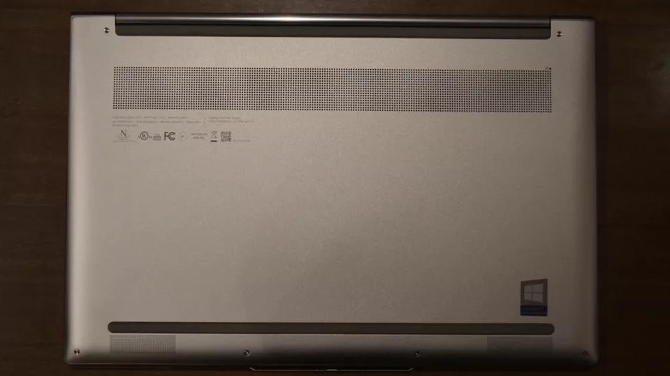 روکیدا   بررسی لپ تاپ لنوو یوگا 9i: منعطف مثل یک مربی یوگا!  