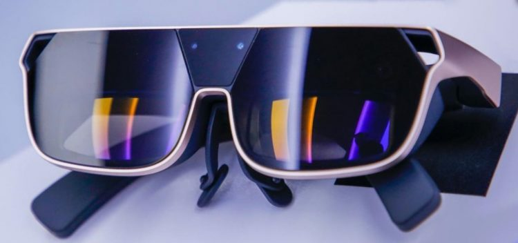 china wireless giant oppo debuts mainstream friendly smartphone tethered ar smartglasses cloud app.1280x600