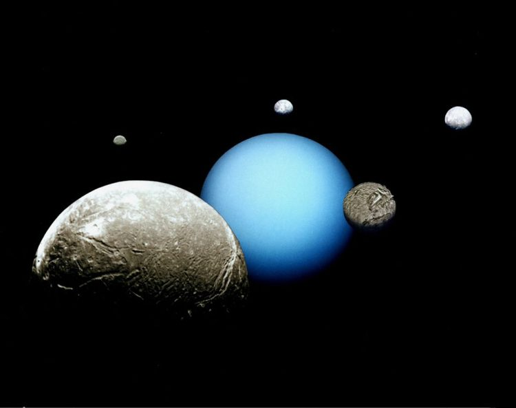 در جست و جوی آب، این بار قمرهای اورانوس!