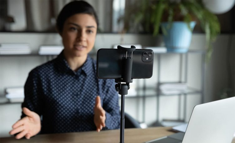 How To Use Your Phone As A Webcam 1