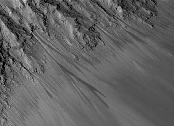 نمک به زندگی در مریخ جان تازهای میدهد