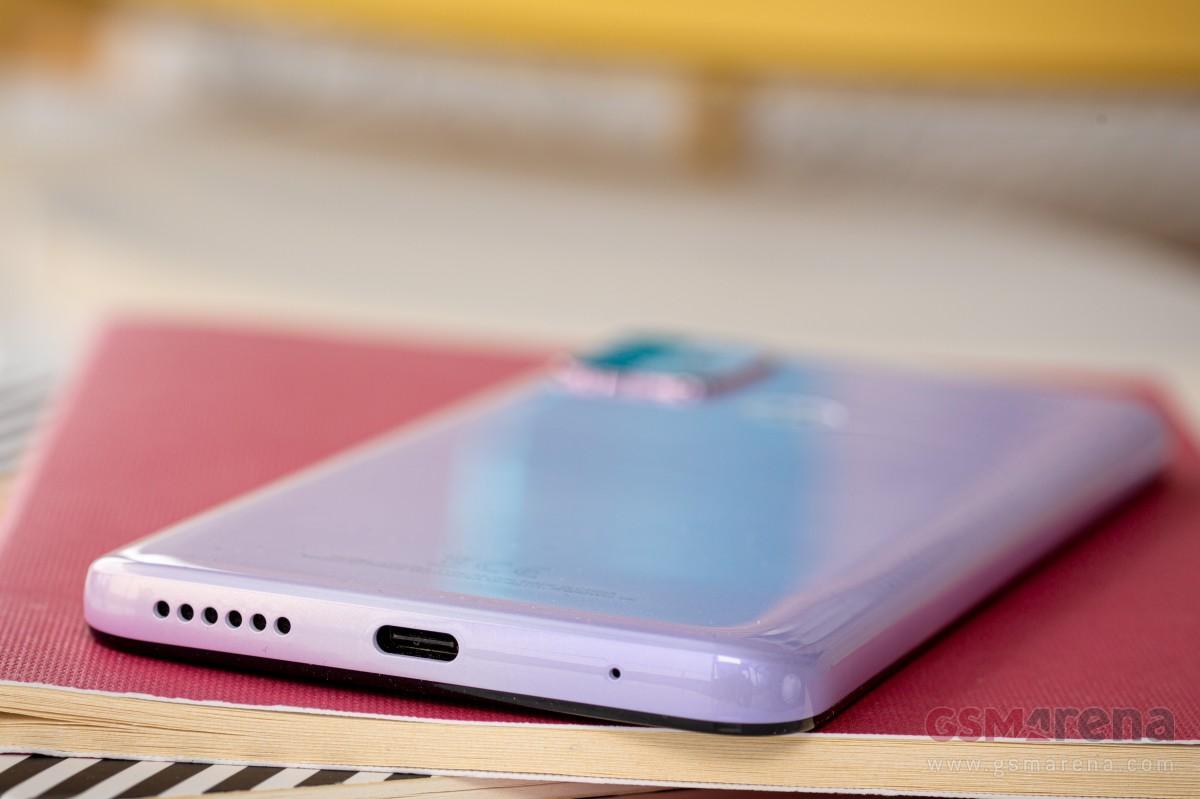 بررسی کامل و تخصصی گوشی موتو جی 30 موتورولا: در لیست پیشنهادات خرید کاربران
