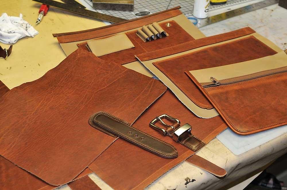 تشخیص کیفیت چرم هنگام خرید کیف چرمی2