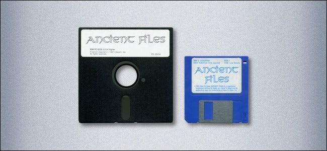 یک فلاپی دیسک 5.25 اینچی و یک فلاپی دیسک 3.5 اینچی