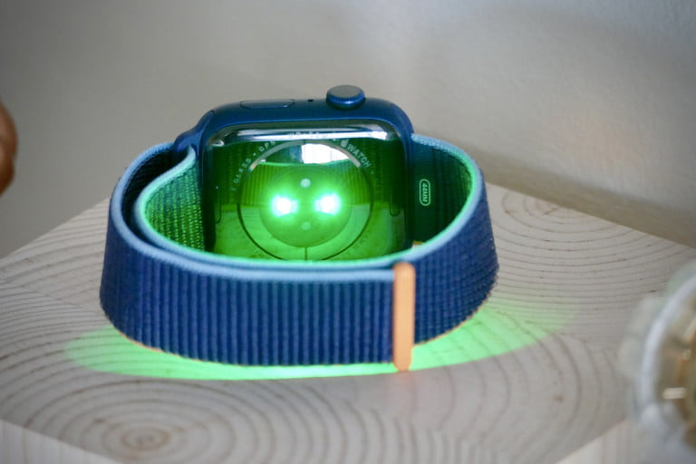 apple watch green ppg heart rate 768x768 1