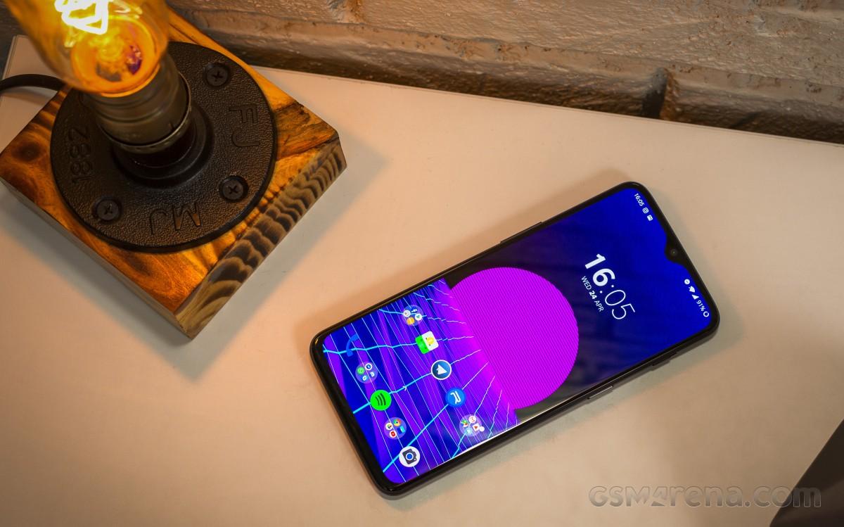 گوشیهای وان پلاس 6 و 6 تی چه زمانی اندروید 11 را دریافت میکنند؟