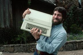 محبوب ترین کامپیوترها، محبوب ترین کامپیوترها در تاریخ، Sinclair، Timex، Timex Sinclair 1000، Tandy، TRS-80، MSX، NEC، PC-98، iMac، اپل، Commodore، Amiga، Apple II، ZX Spectrum، IBM PC، IBM، Commodore 64