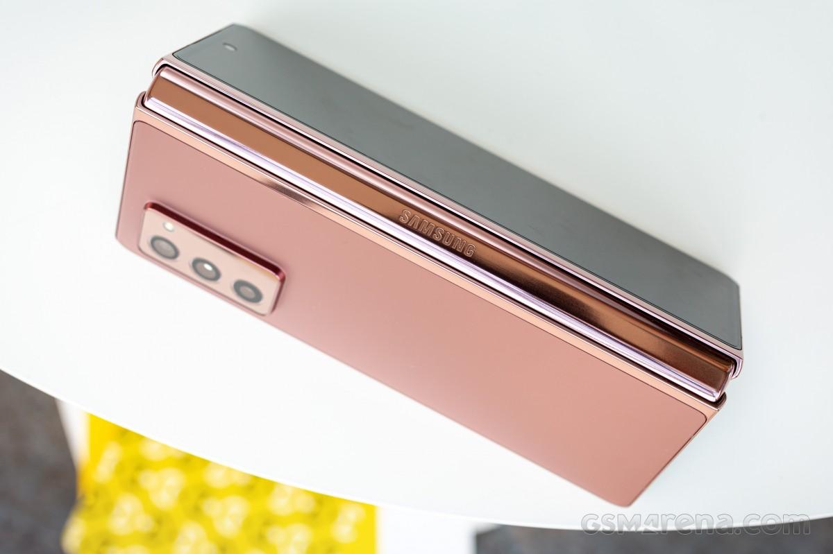سامسونگ امسال چه تعداد گوشی تاشو وارد بازار خواهد کرد؟ 2