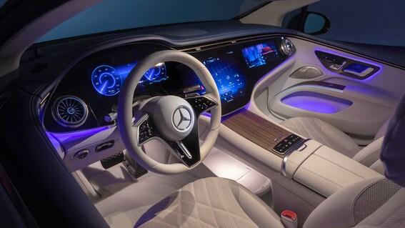 2022 Mercedes Benz EQS 17