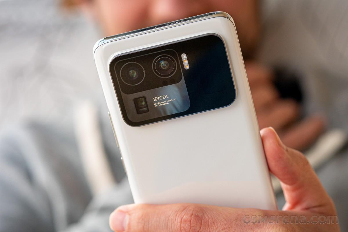 بررسی کامل و تخصصی گوشی می 11 اولترا شیائومی 75