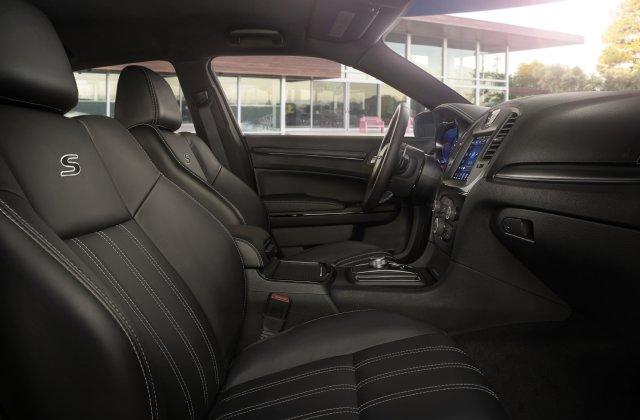 2021 Chrysler 300 2