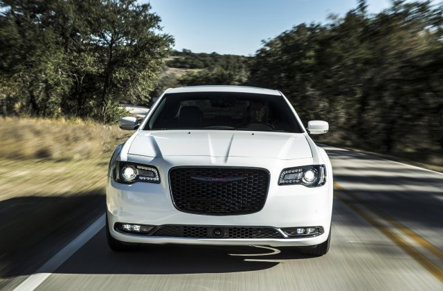 2021 Chrysler 300 1
