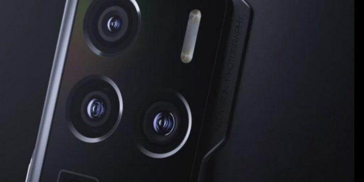 گوشی جدید ZTE مورد تایید سازمان 3C با سرعت شارژ 55 وات قرار گرفت